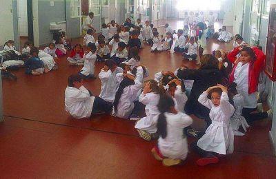 Ushuaia: Cinco mil niños participaron de los simulacros de evacuación en escuelas