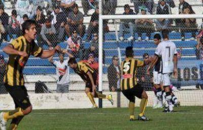 La victoria más grande de Santamarina, que goleó en Puerto Madryn y va por el ascenso