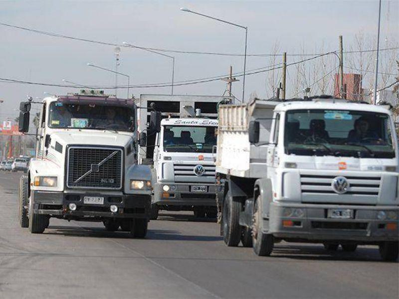 """Los empresarios camioneros aseguraron que el Gobierno """"demoniza"""" a este tipo de transporte"""