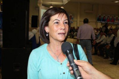 """La diputada Batista lamento los conceptos """"atemorizantes y mentirosos"""" de LALCEC"""