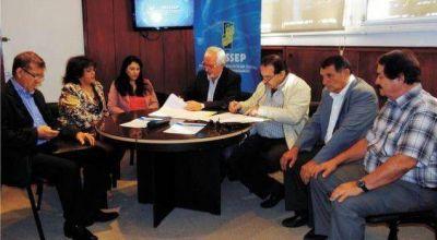 El Insssep firmó el nuevo convenio con Federación Médica