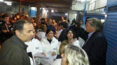 Sorpresivo operativo fiscal en la feria La Salada durante la madrugada