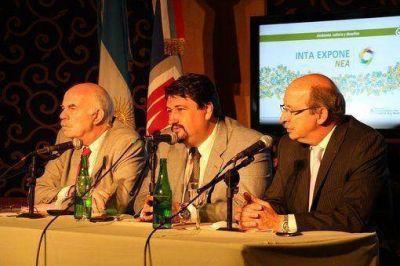 """Closs: """"El INTA EXPONE debe acercar conocimientos para que la economía familiar agrícola se transforme en un negocio eficiente"""""""