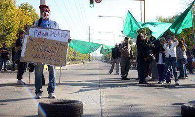 Paro en Salud: Pérez dijo que habrá descuentos y los gremios anticiparon que endurecerán la lucha