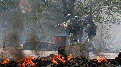 Combates en Ucrania: el Ejército entra en Slaviansk a sangre y fuego