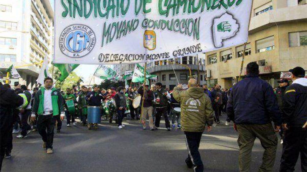 Santa Fe: Camioneros intervino la sede sindical tras la muerte de un joven