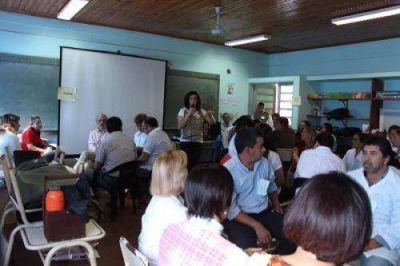 Unos 500 docentes participan de jornadas de Educación Sexual Integral