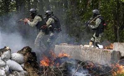 La escalada de violencia deja al borde de la guerra civil a Ucrania