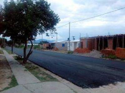 Arrancó la pavimentación de barrio Santa Ana III