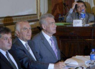 El lunes darán a conocer el veredicto en el jury al juez Hooft por supuestos vínculos con la dictadura