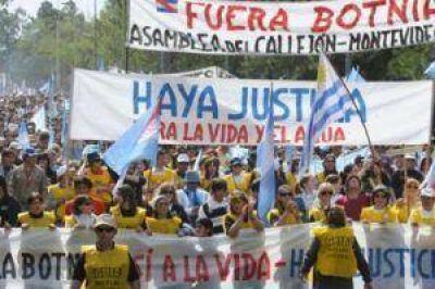 Gualeguaychú volvió a marchar contra la exBotnia