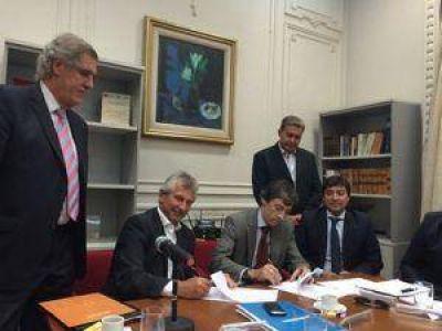 AFERA suscribi� importantes convenios con el Banco Naci�n y el Ministerio de Trabajo
