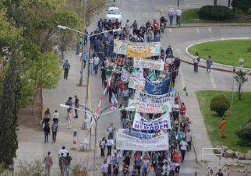 La pelea por la CTA le quita fuerza a la marcha del D�a del Trabajador
