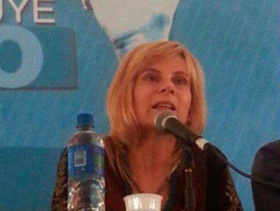 Saintout pidi� ampliar los �horizontes de lucha por m�s derechos�