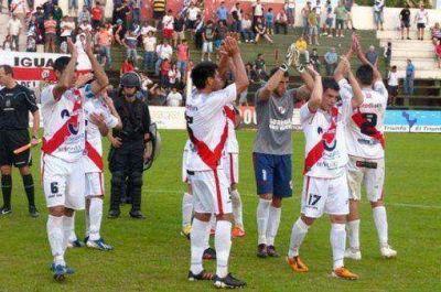Guaraní busca ganar y forzar un desempate para ascender