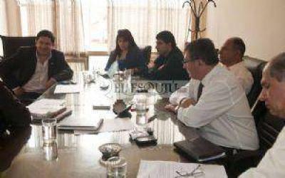 """Que senadores no mezclen lo institucional con lo """"político"""", pidió Lucía"""