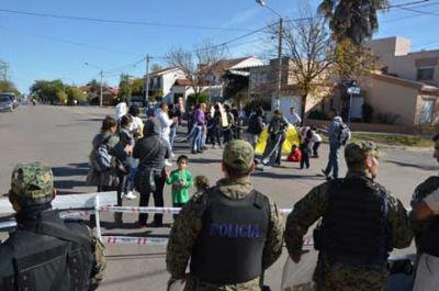Protestas en Casa de Gobierno y en el IPAV: mujeres en huelga de hambre y encadenadas
