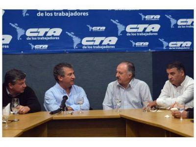 Urribarri recibió el respaldo de la CTA que conduce Hugo Yasky