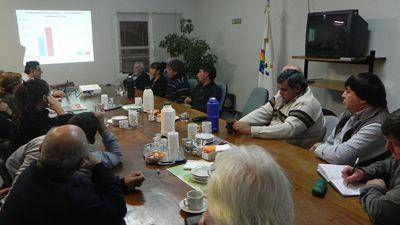 Referentes de las Juntas Vecinales analizaron la situación de la cooperativa