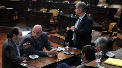 Diputados rechaz� el pedido de juicio pol�tico a Carlos B�hm