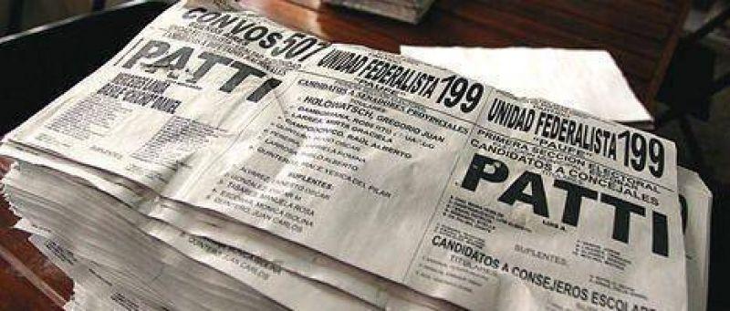 """Los partidarios de Luis Patti dicen que ahora sus votos son """"colorados""""."""