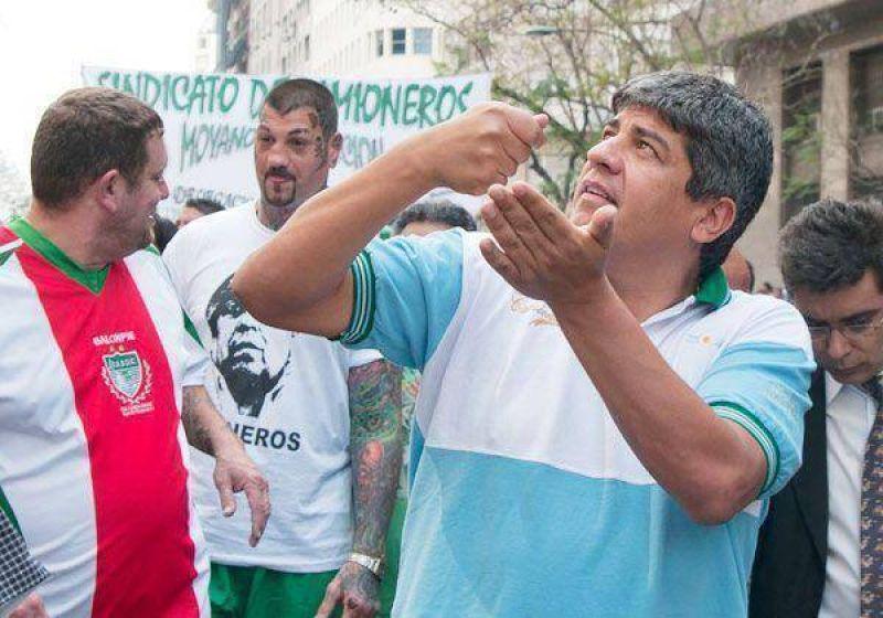 Basura: ¿Mar del Plata, está lejos de Quilmes?, se viene Moyano con polleras
