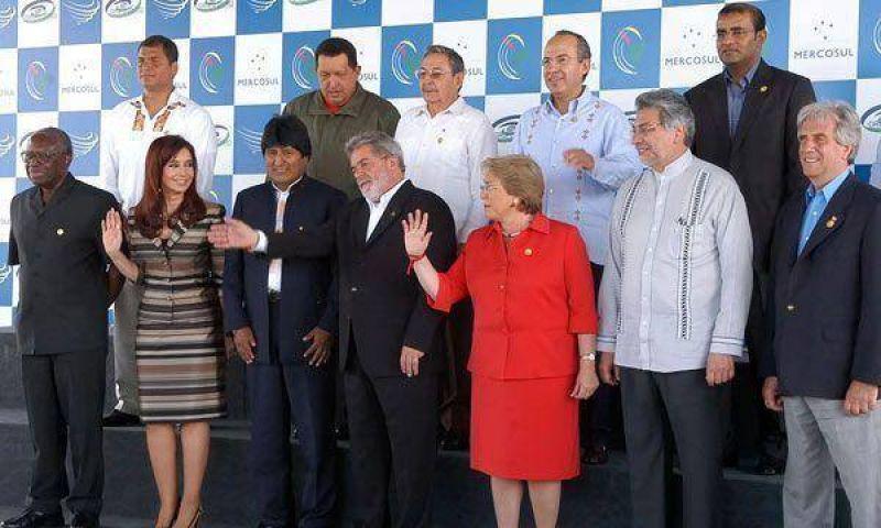 Podría postergarse cumbre del Mercosur de julio.