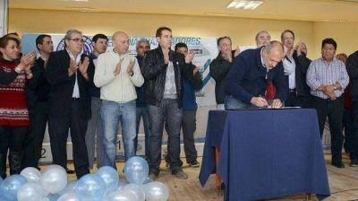 Afiliados a la CGT Ubaldini accederán a créditos hipotecarios a tasa subsidiada