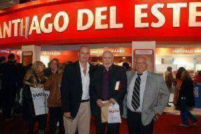 Santiago hizo escuchar su m�sica y su poes�a en la Feria del Libro