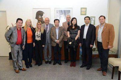 Malvinas Argentinas suscribió acuerdos comerciales con China