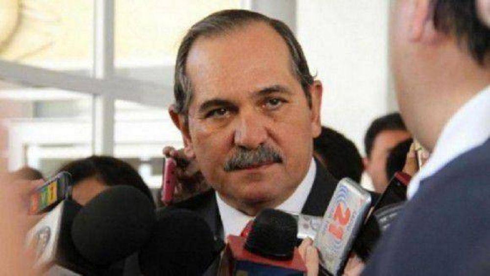 Alperovich se pronunció contra el servicio militar obligatorio