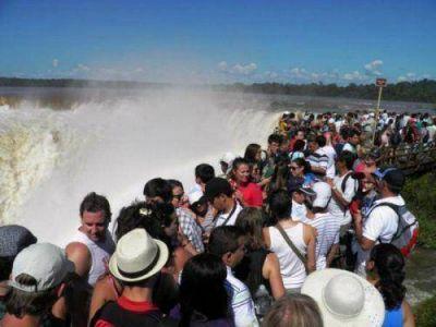 Las Cataratas del Iguazú ya recibieron a medio millón de turistas en lo que va del año