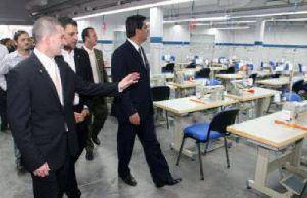 Habilitan el primer taller del Polo Chaco Industrias de Diseño Textil