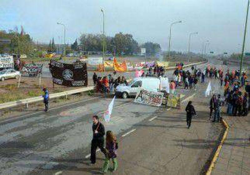 Los piquetes fueron un caos y hubo complicaciones en toda la provincia