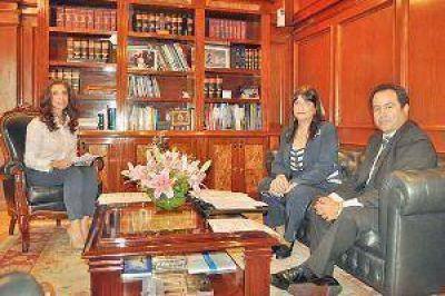 La Provincia y Anses llevar�n adelante acciones conjuntas