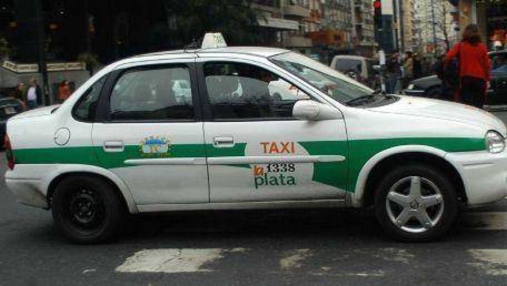 Los taxistas postergaron la movilización por el aumento