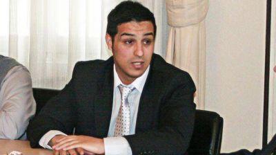 Sarmiento insiste con su pedido de un adicional de regalías petroleras