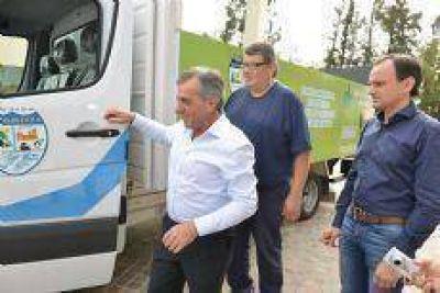 El Intendente Jesús Cariglino continúa incorporando móviles 0KM a la flota municipal