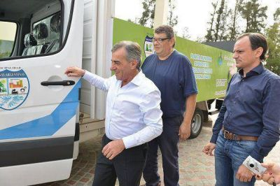 Cariglino continúa incorporando móviles 0KM a la flota municipal