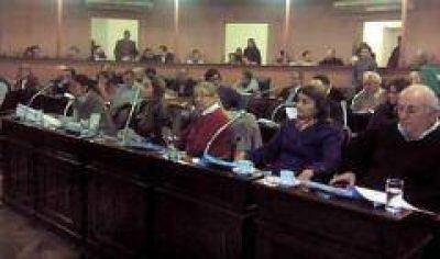 Diputados se reúnen en comisión