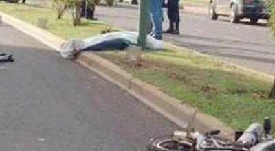 Jugador de For Ever pierde la vida al chocar su moto por la 9 de Julio