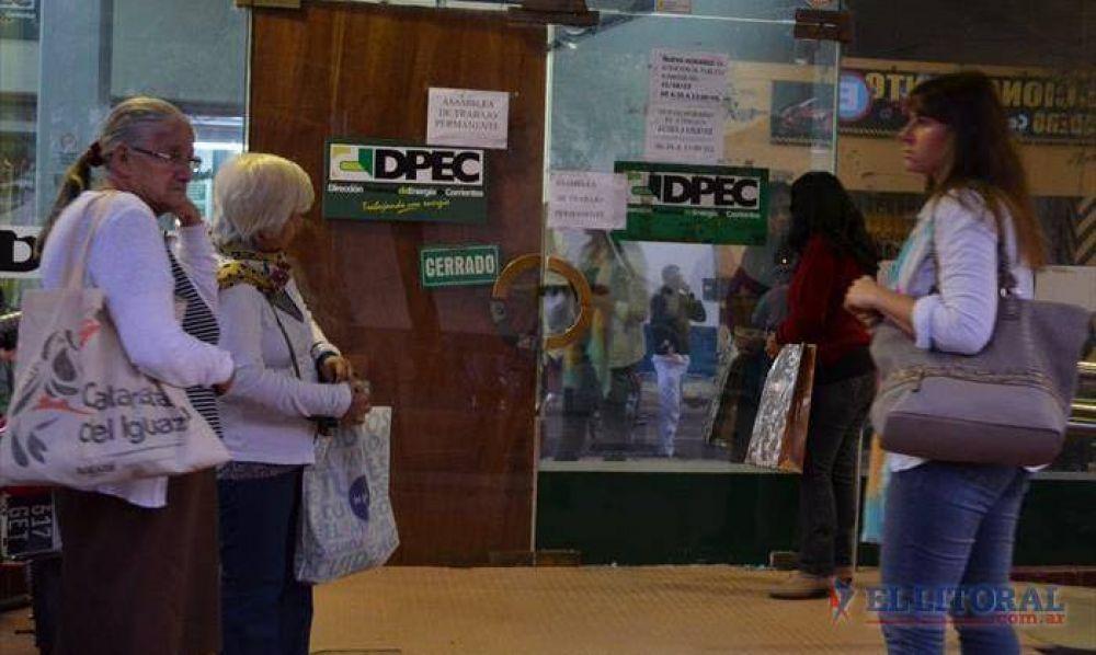Dpec: siguen las asambleas y se resiente la atención al público