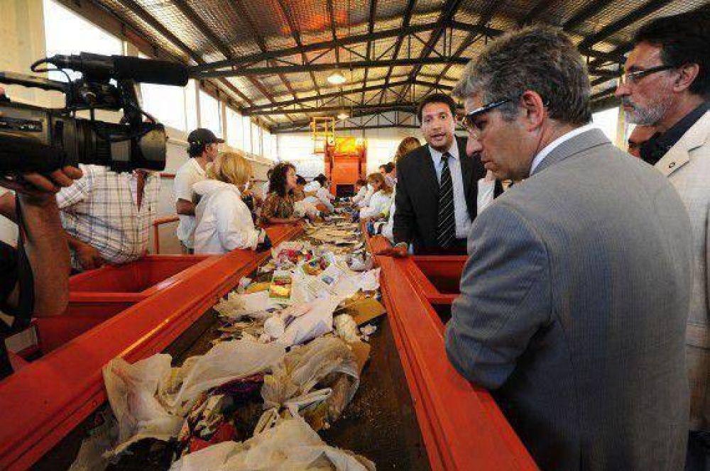 Llaman a licitación para construir la cuarta planta de reciclado de ...