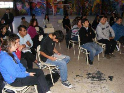 Estudiantes se movilizan por el boleto de los colectivos
