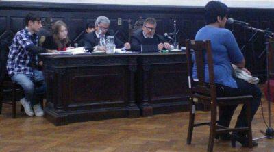 Con algunas contradicciones, Sonia Molina ratificó su acusación