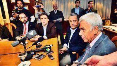 """Quiroga """"candidateó"""" a De la Sota para el 2015"""