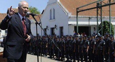 Prometen controlar las Fuerzas Policiales