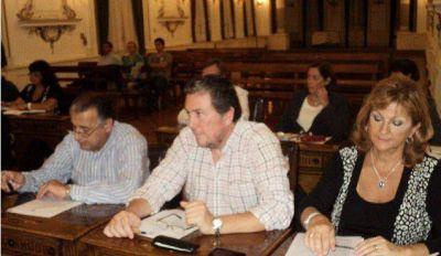 """Hay un déficit municipal de casi $ 10 millones de pesos"", aseguró Mario Pola"