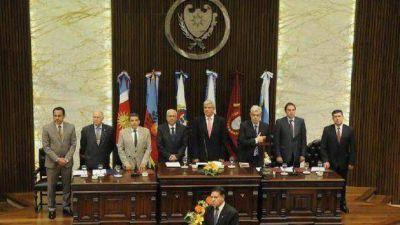 El Parlamento del NOA debate temas regionales en Santiago del Estero