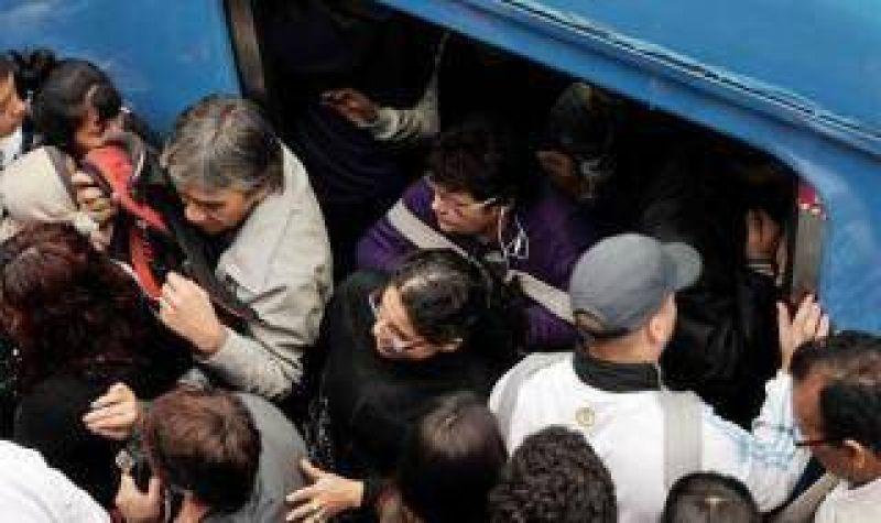 Tren Sarmiento: Siguen las demoras en el cuarto día consecutivo de protesta gremial